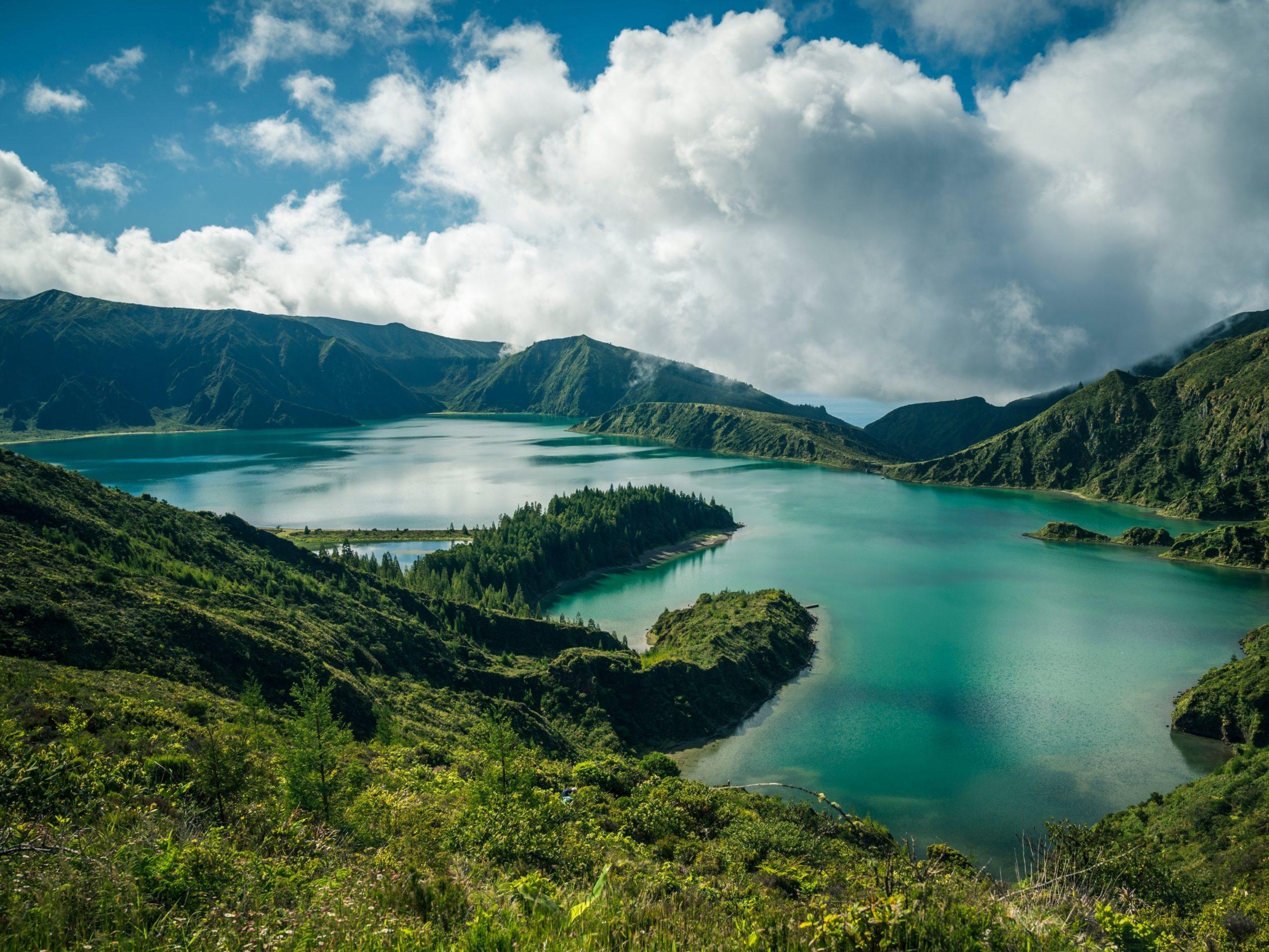 lakes azores